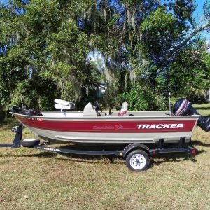 Lanchas de pesca usadas en venta modelo 2001 Tracker Super Guide V15